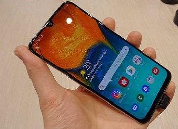 بررسی تخصصی گوشی موبایل سامسونگ Galaxy A30s